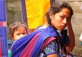 En la feria organizada por el Cenart, participarán 40 instituciones, cuyo objetivo es difundir y preservar las lenguas y culturas indígenas. Foto La Jornada / Archivo
