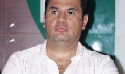 Williams Oswaldo Ochoa Gallegos, diputado que tiene meses que no se presenta a cumplir con el trabajo. Foto: consentidoinformativo.blogspot.mx